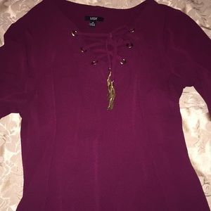 Maroon thin dress with gold details 🌟BRAND NEW 🌟